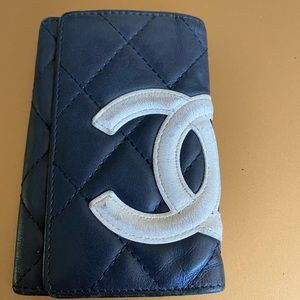 Authentic Chanel black lambskin cambon key case